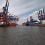 Wandern Containerhafen Hamburg